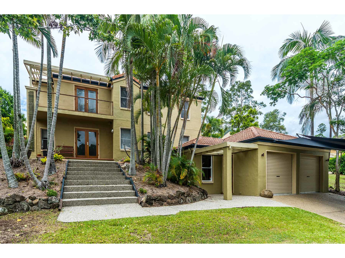 12 Pacific Pines Boulevard, Pacific Pines