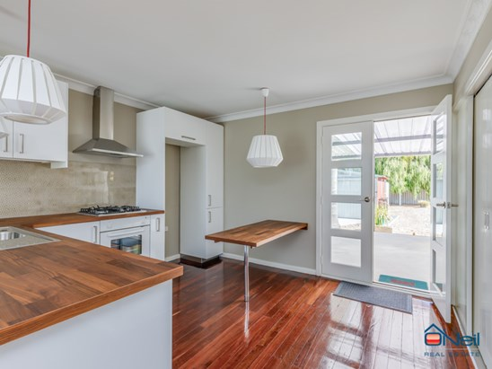 Offers Above $329,000 (under offer)