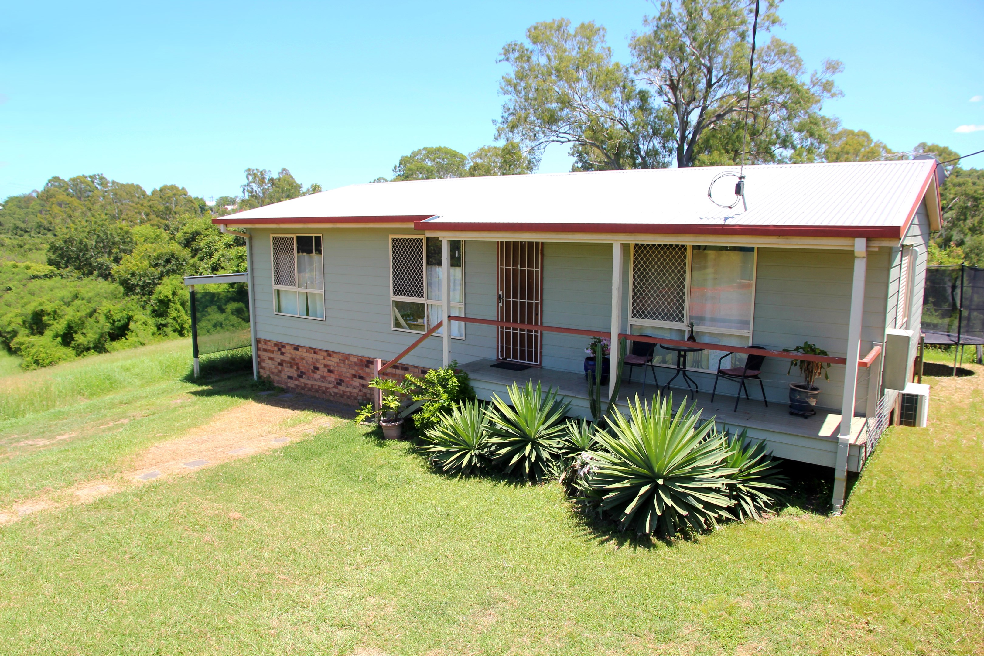 4 Bremer Parade, Basin Pocket