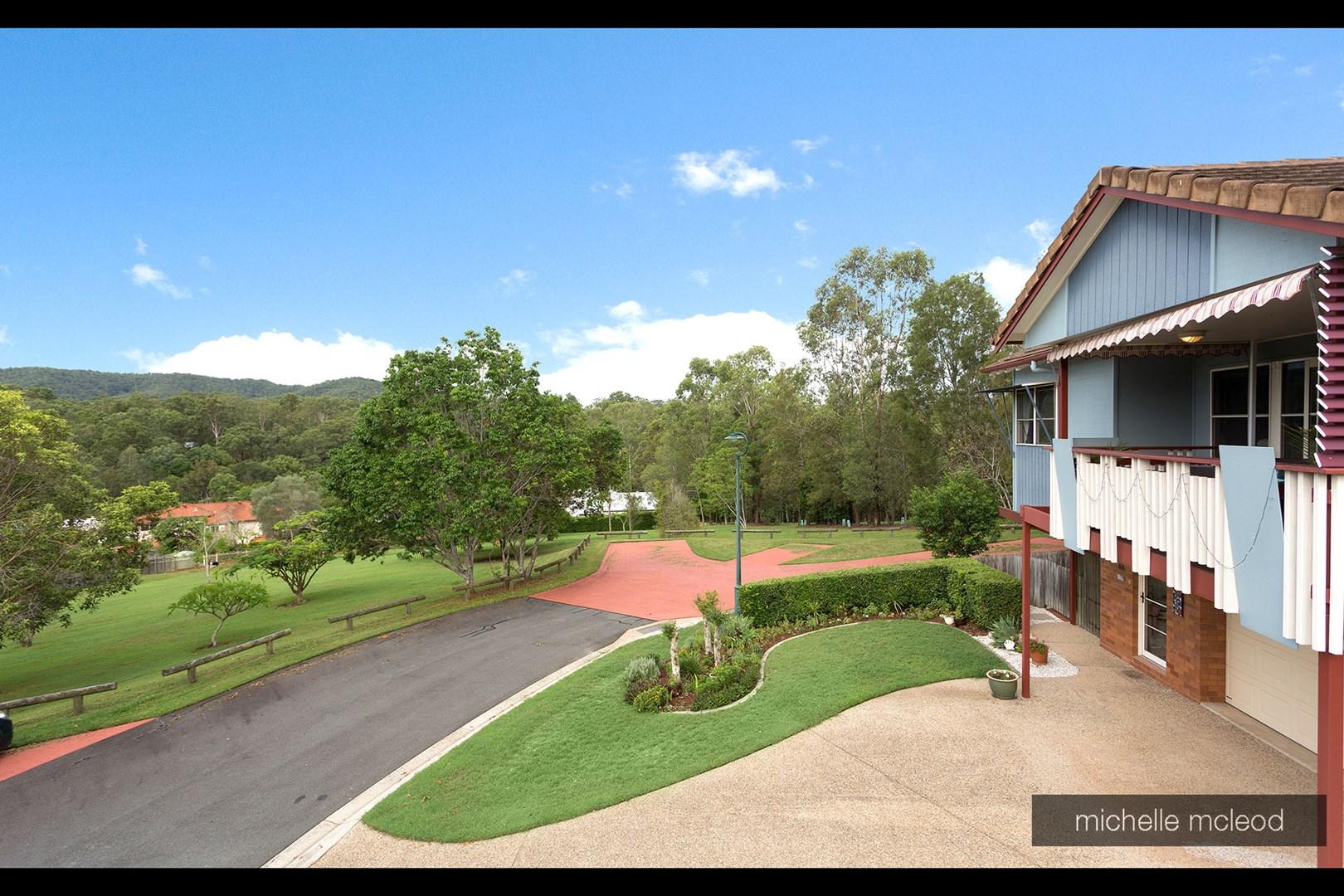 4B/157 Brookfield Road, Kenmore Hills