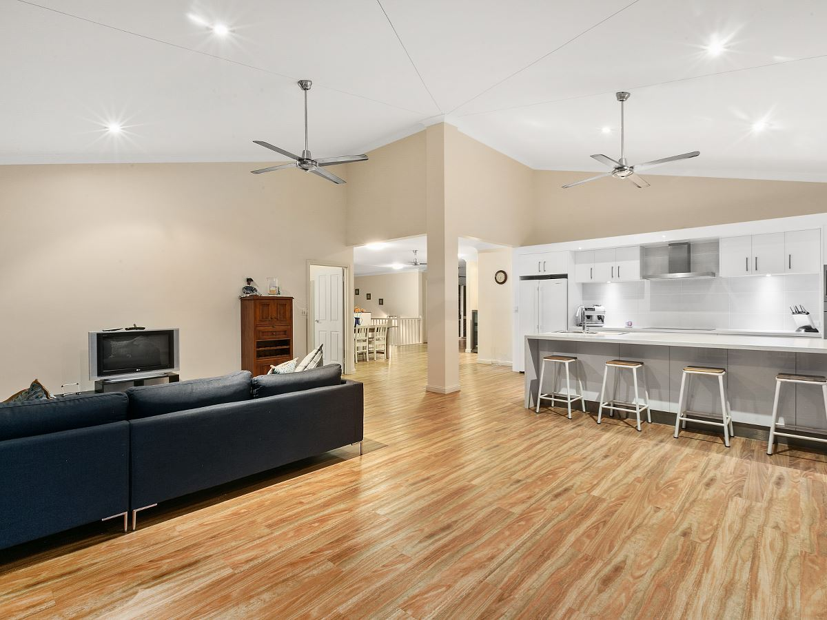 66-68 Fig Tree Drive, Caravonica