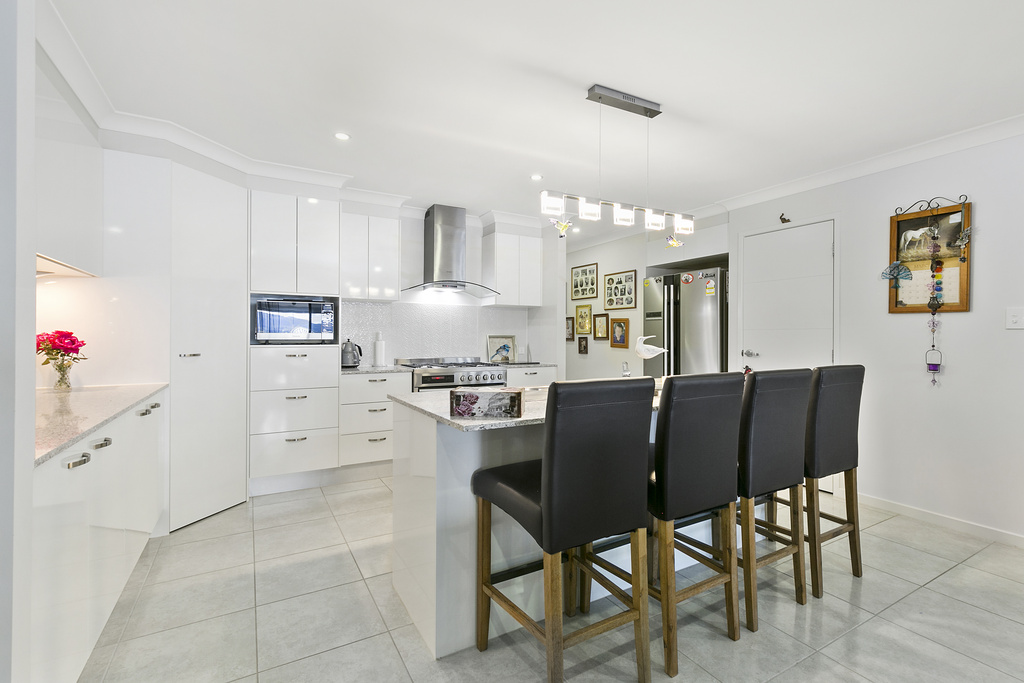 33 Perrys Crescent, Rosewood