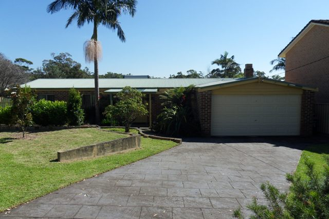 4 MARLIN PLACE, Sussex Inlet