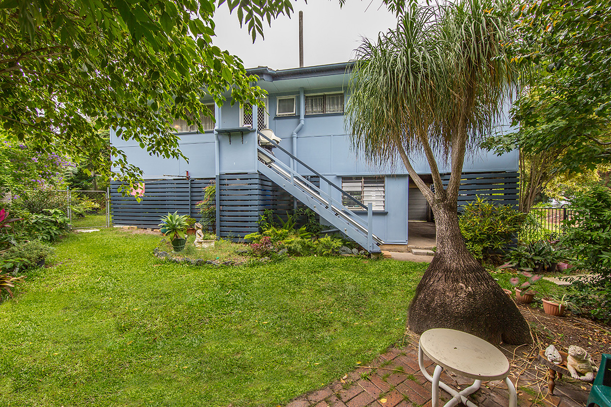12 Houghton Avenue, Redcliffe