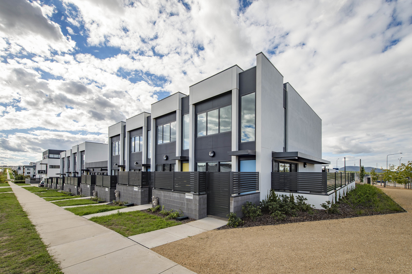 2/2 Max Jacobs Avenue, Wright