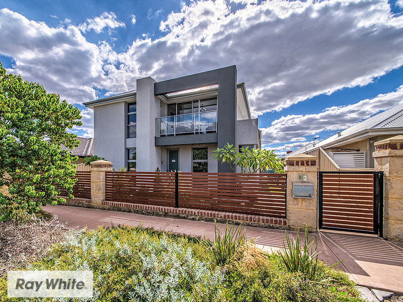 12 Spurwing Way, South Guildford