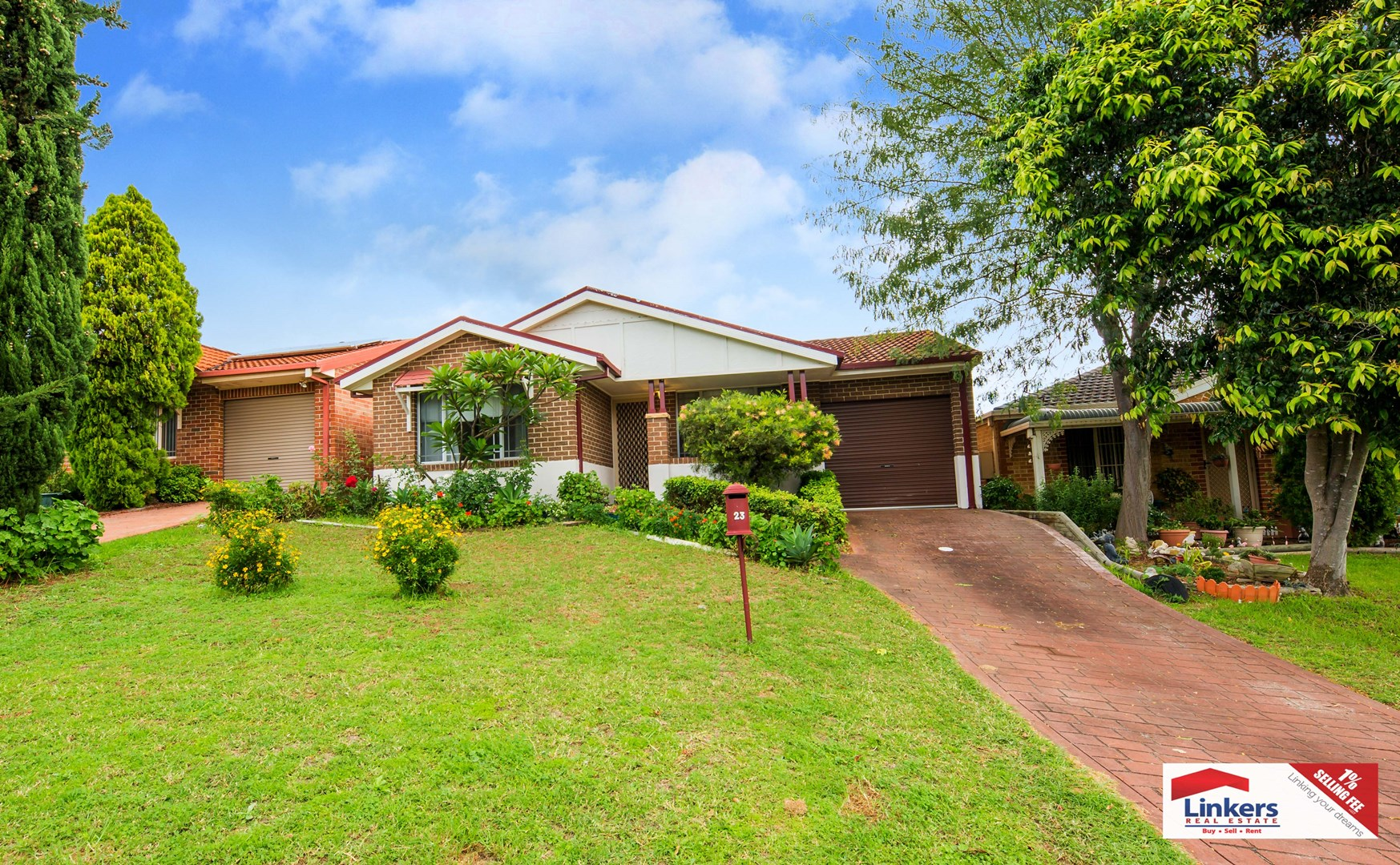23 Buttercup Street, Macquarie Fields NSW 2564 - House For Sale ...