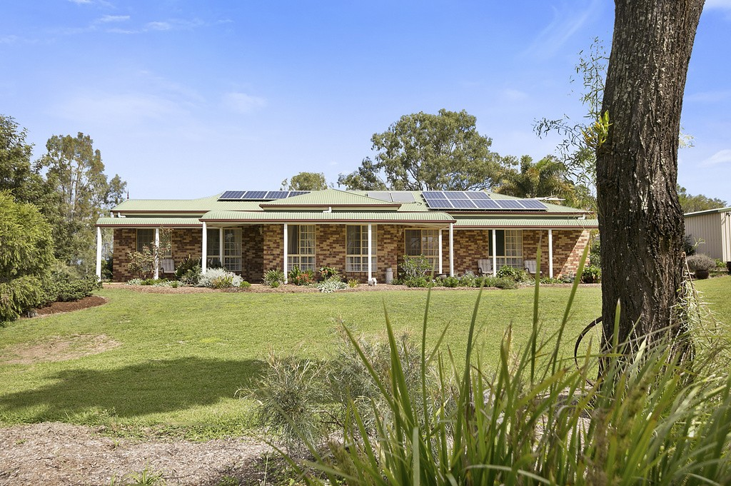 16 Ruby Crescent, Willowbank