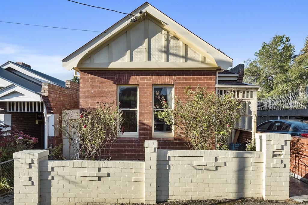 1 Wynyard Street, South Hobart
