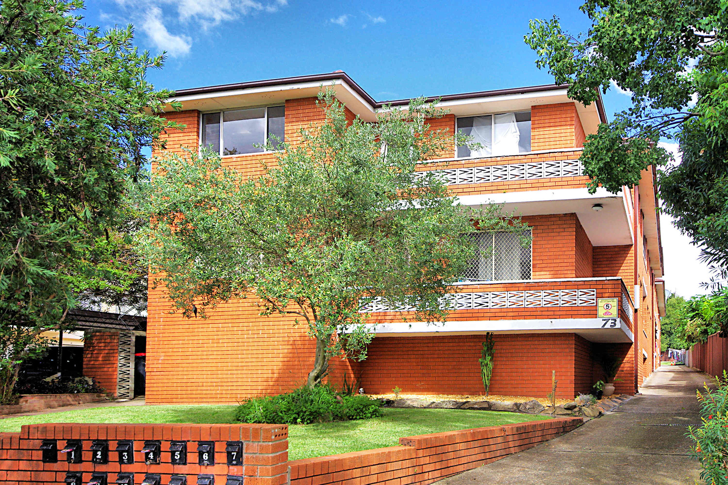 13/73 alice Street, Wiley Park