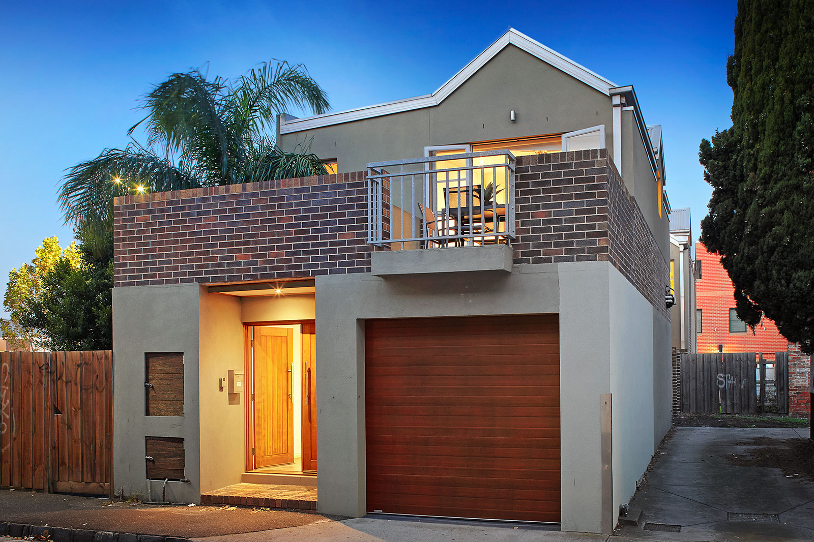 8 Bath Place, Williamstown