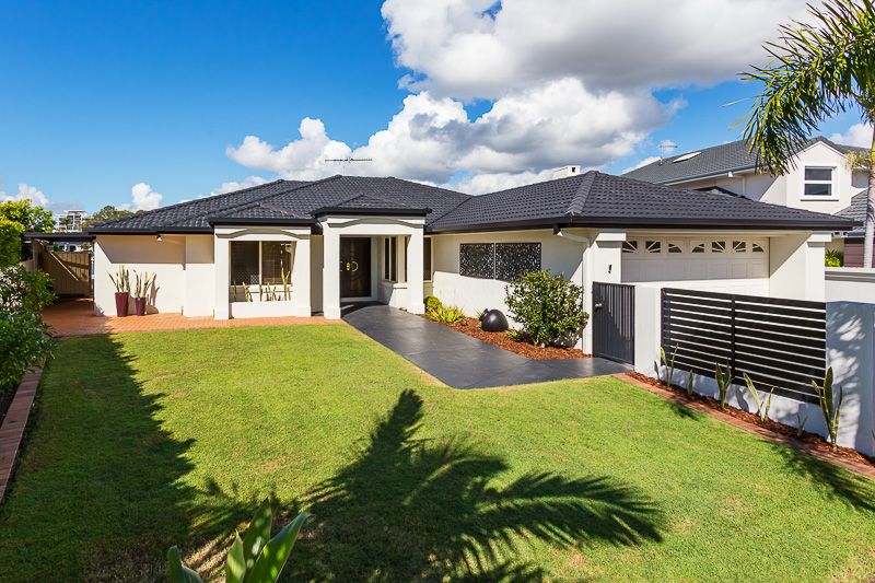 35 Mainroyal  Court, Raby Bay