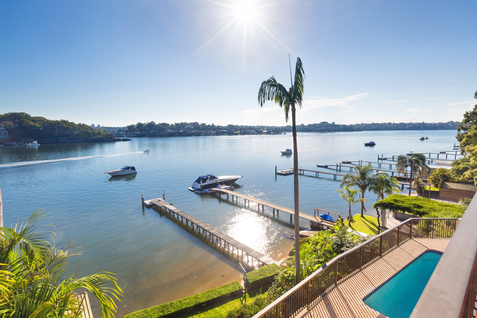 4 Discovery  Place, Oyster Bay