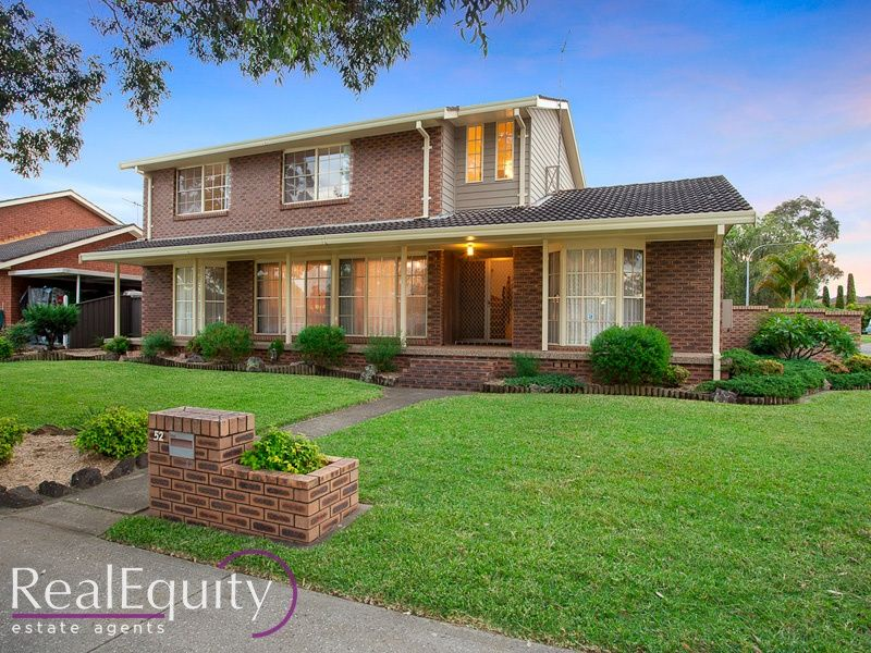 52 rugby crescent chipping norton nsw 2170 house sold for Perfect kitchens chipping norton