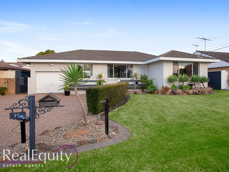 27 longstaff avenue chipping norton nsw 2170 house for Perfect kitchens chipping norton