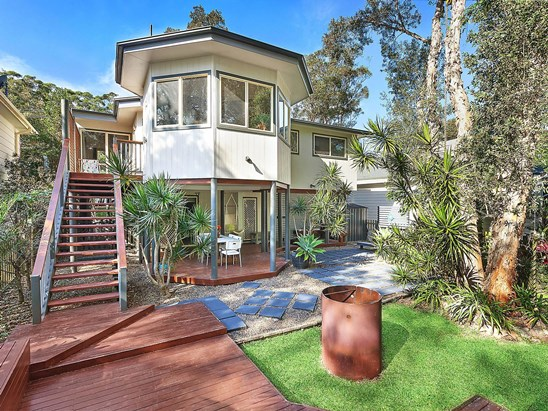 For Sale, price  guide $890,000  - $930,000