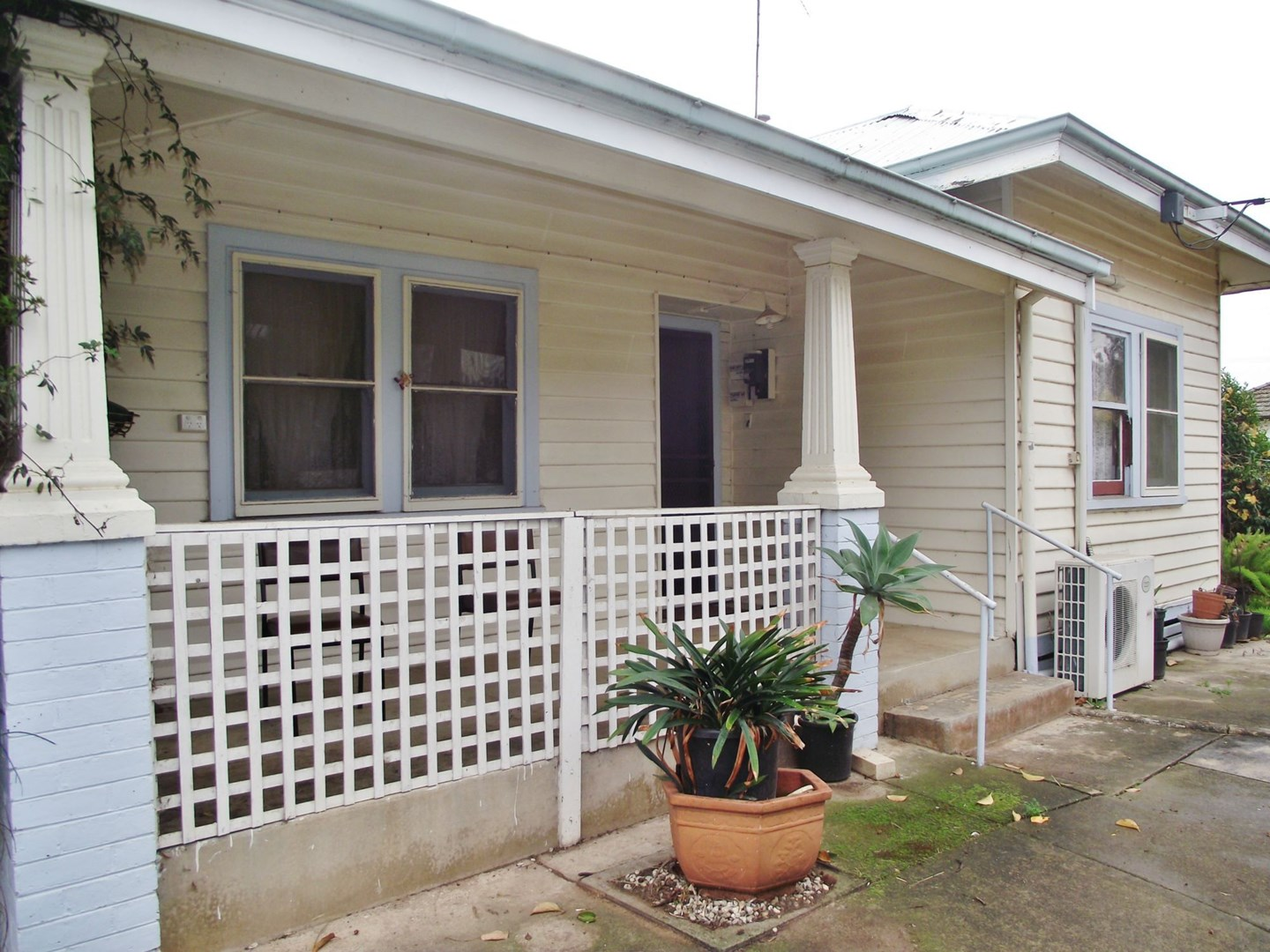 Reduced for quick sale! $185,000 (under offer)