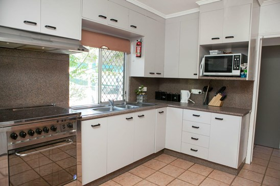 UNDER CONTRACT $195,000 (under offer)