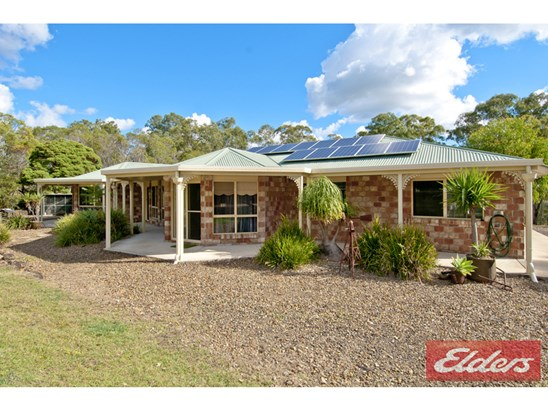 Offers Over $639,000
