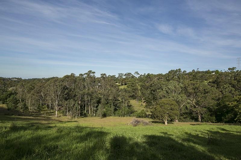 211 Cordeaux Road, Mount Kembla NSW 2526