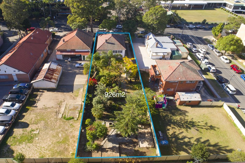 Picture of 32 Meredith Street, Bankstown