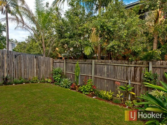 Offers Over $289,000 (under offer)