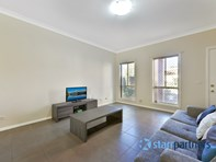 Picture of 4/143-145 Junction Rd, Ruse