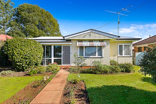 Offers Over $299,000 (under offer)