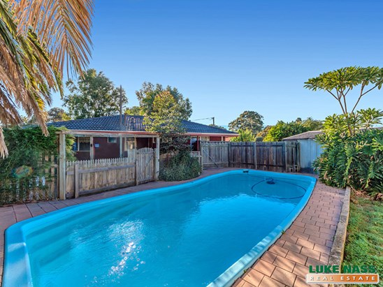 Offers over $239,000