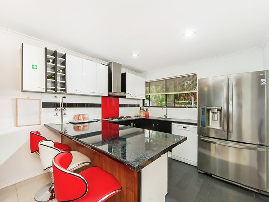 Offers Above $380,000 (under offer)