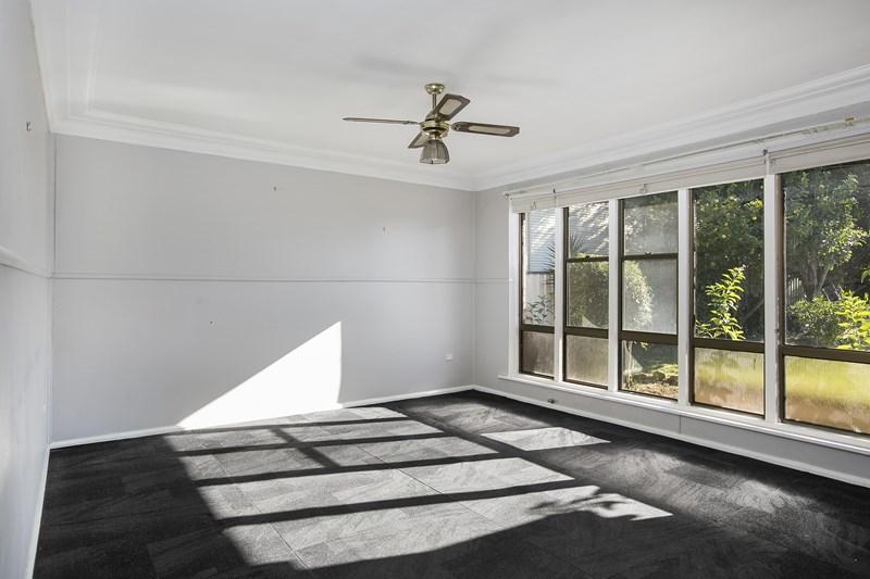 57 Dymock Street, Balgownie NSW 2519