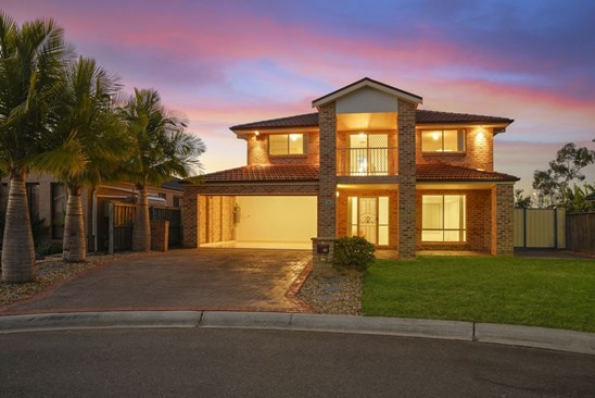 Price Guide $800,000 - $850,000 (under offer)
