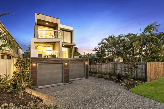 Offers Over $879,000