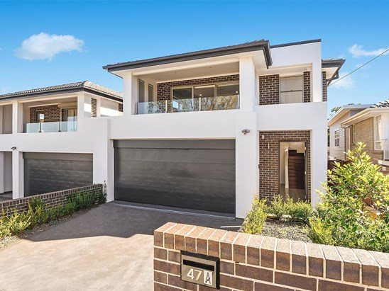 For Sale, price  guide $900,000  - $950,000