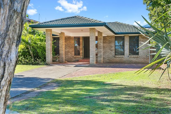 Offers over $498,000 (under offer)