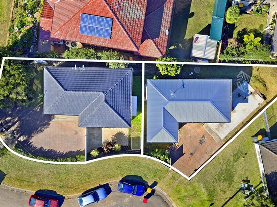 Auction, price  guide $870,000  - $900,000