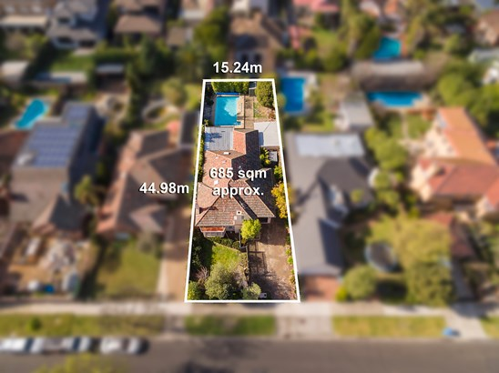 76 Canberra Grove, Brighton East
