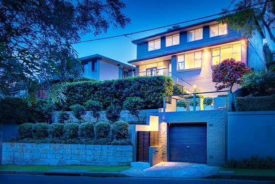 Buyers Guide $2.9M - $3.2M