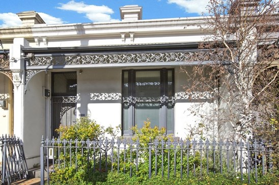 Auction Sat 26th Aug 11:00am - $980,000 to $1,070,000