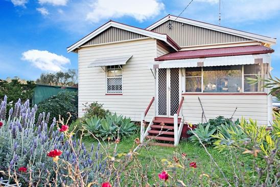 17 Gauntlet Street, North Toowoomba