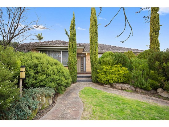 Auction Price Guide: $430,000