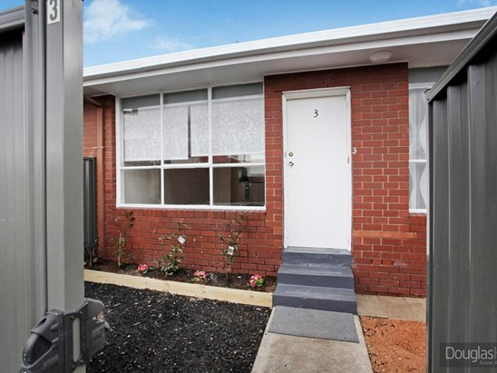 UNDER CONTRACT $320,000 (under offer)