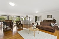 Picture of 10 Seaview Road, Frankston South