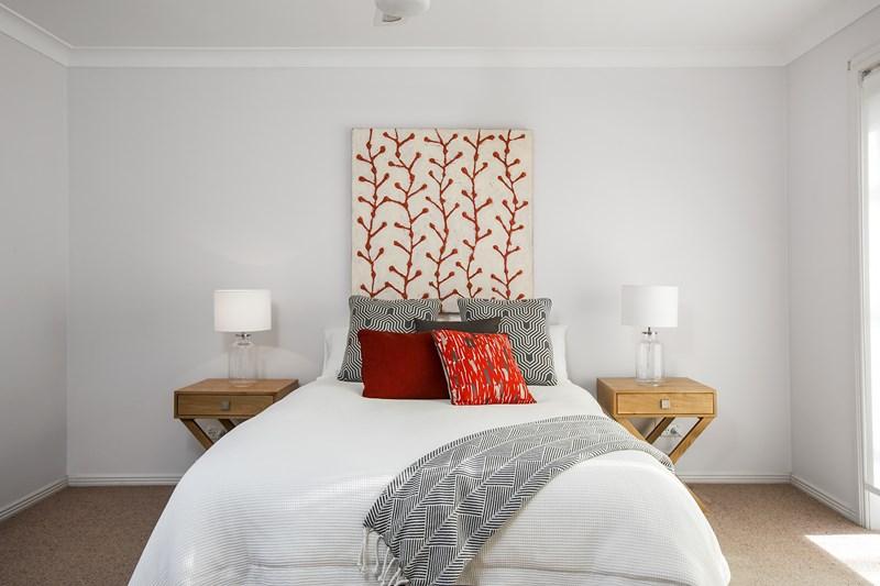 24 Sheringa Grove, Cordeaux Heights NSW 2526
