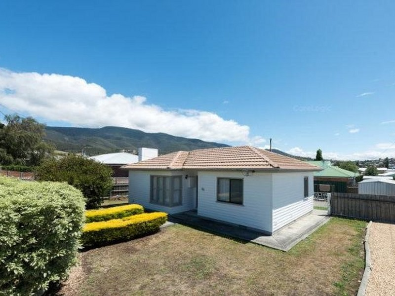 Offers Over $259,000 (under offer)