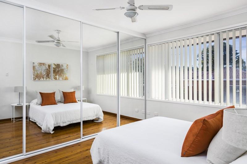 1/22-24 Jones  Place, Corrimal NSW 2518