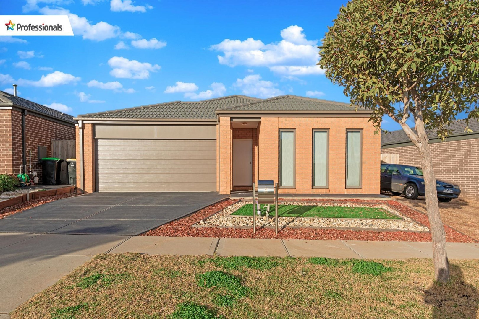 5 Termon Close, Melton South VIC 3338, Image 0
