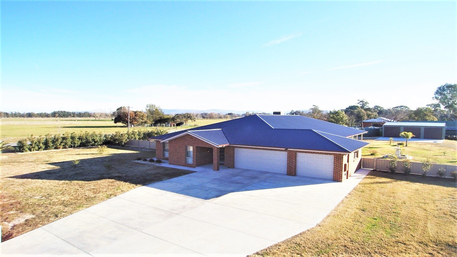 For Sale Buyer Range $649,000 to $669,000