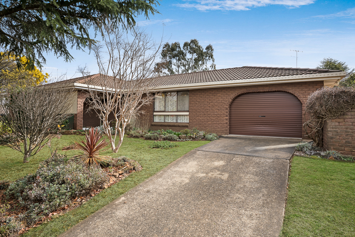 17 Murraba Close, Orange NSW 2800, Image 0