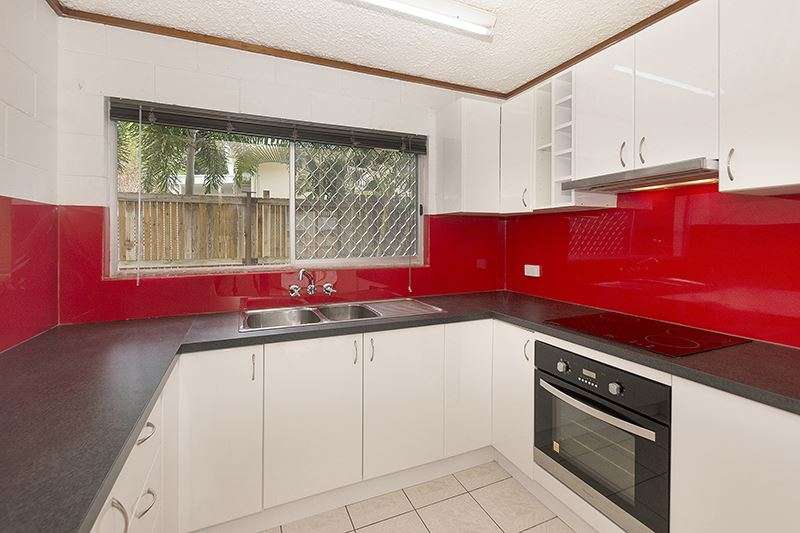 1/11 Vaughn Street, West End QLD 4810, Image 0